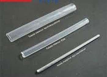 Tubete feito de fibra óptica